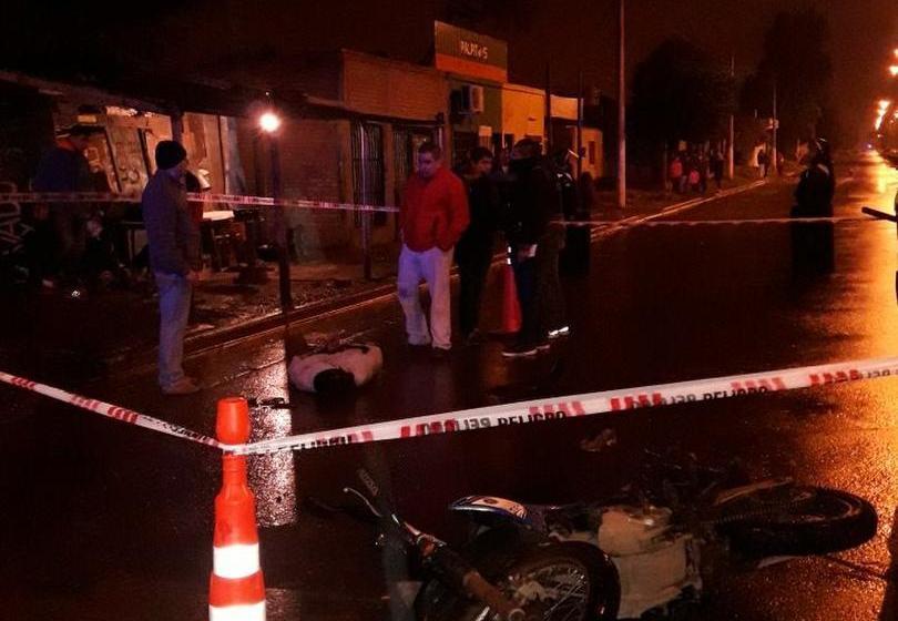 Tras un tiroteo la policia detuvo a dos motochorros  en América y Francisco de Aguirre