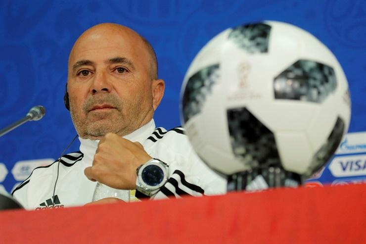 Con el apoyo de Tapia y Angelici, Sampaoli sigue como técnico de la Selección