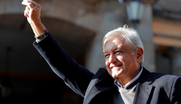 México : Hoy asume López Obrador