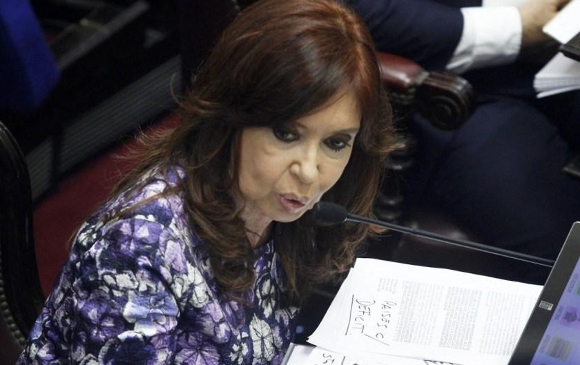 En campaña Cristina filtra ejes de su plan económico: renegociación con el FMI y gestos a las empresas