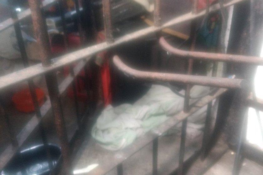 """"""" ALERTA """" : Se Fugaron seis presos de la  comisaría de Villa Mariano Moreno"""