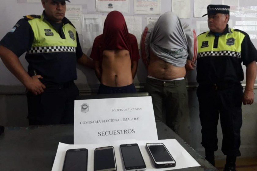 Ladrones atrapados queriendo vender el celular que habían robado