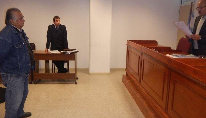 """"""" Cuando la justicia es mas aberrante que el pedofilo"""": Durante años abusó de su hijastra, lo condenaron pero estuvo solo tres días preso"""