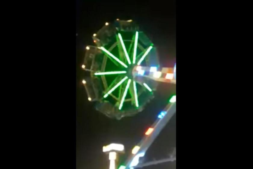 Rescataron a más de 30 personas de un juego en un parque de diversiones(VIDEO)
