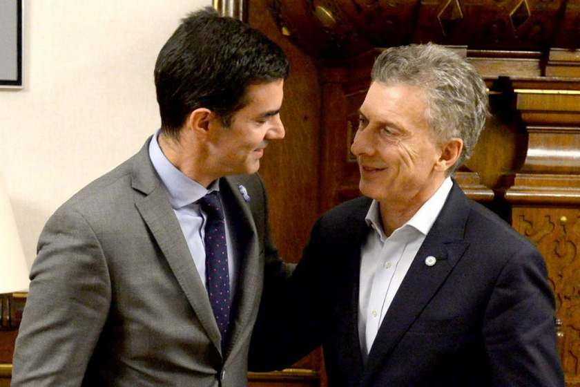 Urtubey cada vez mas funcional a Macri