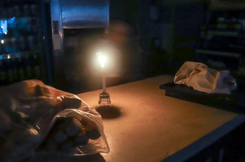 Casi todo el país vuelve a tener energia, tras el histórico apagón