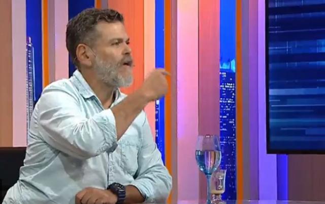 """"""" Resentido y con odio """", Alfredo Casero, desde España: """"Voy a volver para disfrutar cómo se comen el polvo estos hijos de mil p…"""""""