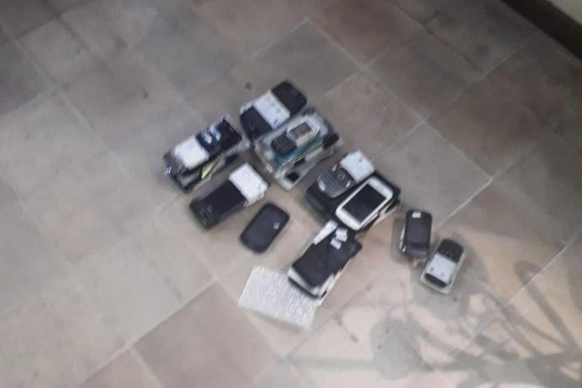 MEGAOPERATIVO POLICIAL: Allanaron varios locales que vendían celulares de dudosa procedencia