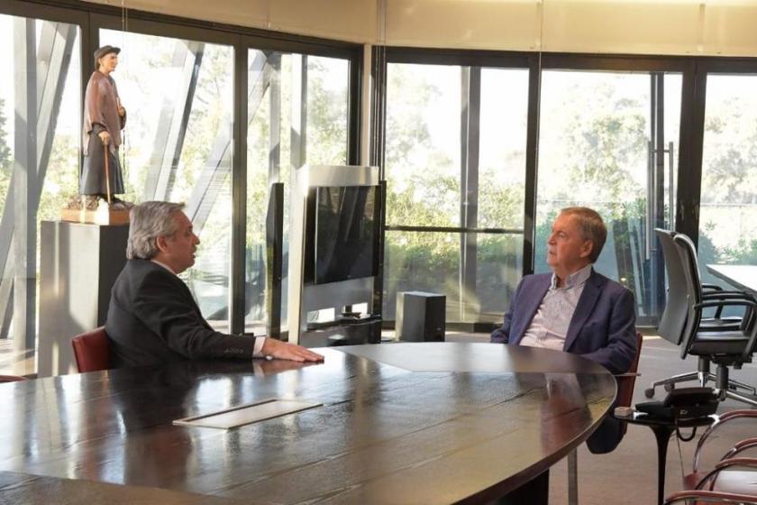 "CORDOBA: Schiaretti pidió que le ""manden ya"" tres millones de boletas de Alberto Fernandez"