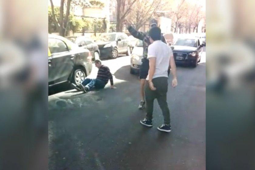 Bestial golpiza a un taxista en Palermo por una maniobra de tránsito