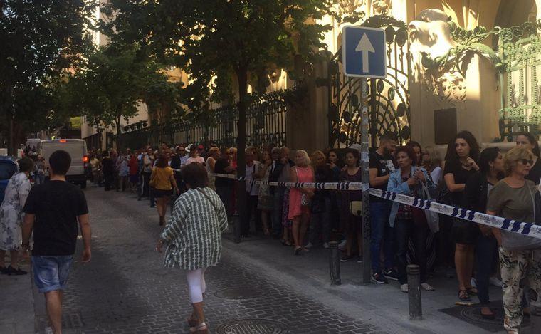 Miles de fans despiden a Camilo Sesto en Madrid