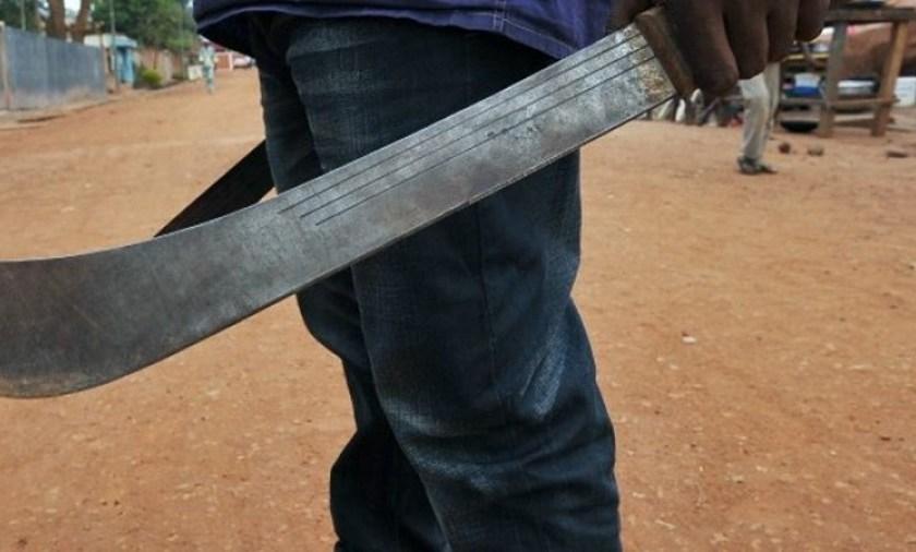Tiros, machetazos y heridos en un  homenaje religioso en el sur de provincia