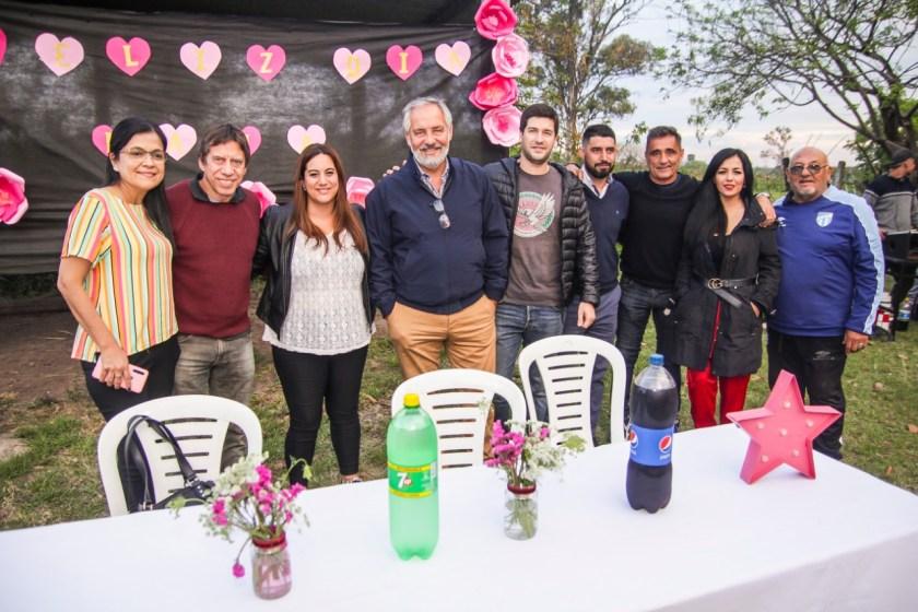 Fuerza Republicana homenajeo en los barrios a las madres tucumanas