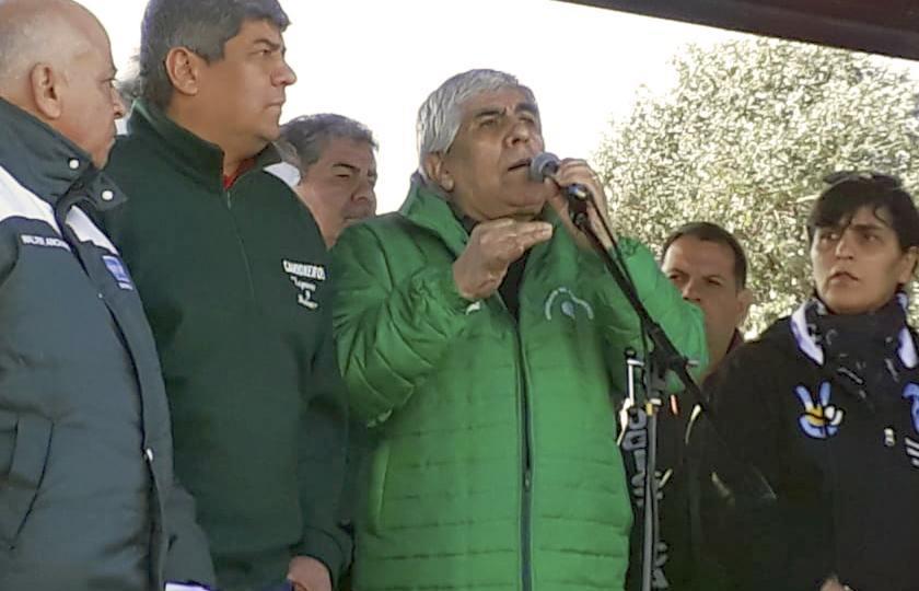 Hugo Moyano anunció que Camioneros pedirá un bono de fin de año