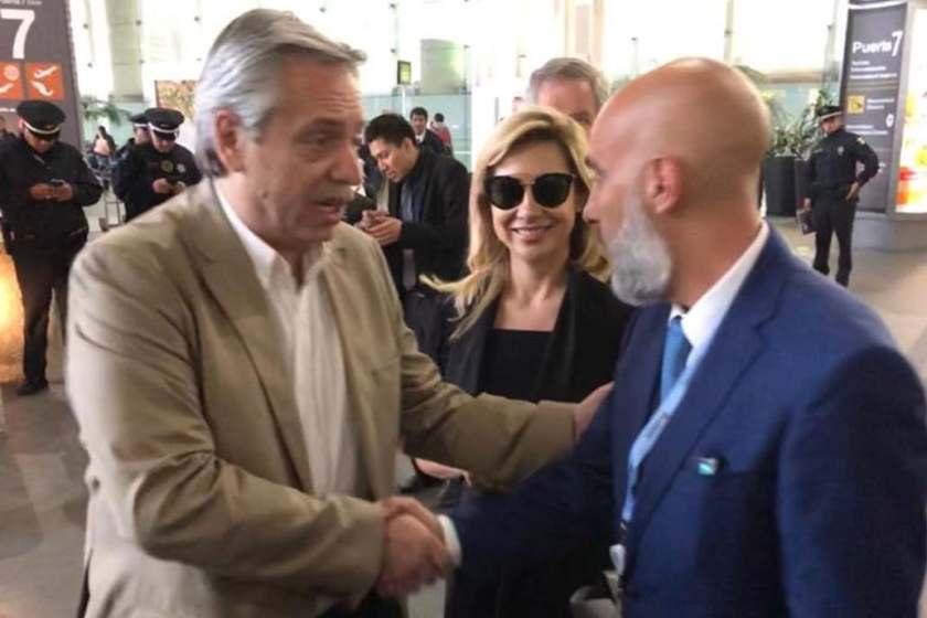 EL presidente electo Alberto Fernández llegó a México en su primera gira: Se reunirá con López Obrador y el empresario Carlos Slim
