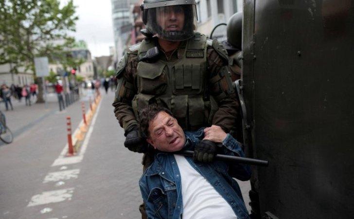 """CHILE: Human Rights Watch acusó a Carabineros de cometer """"graves violaciones de derechos humanos"""""""