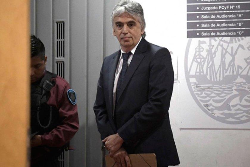 PEDOFILIA: El ex pediatra del Garrahan Ricardo Russo fue condenado a 10 años de cárcel  y quedó detenido