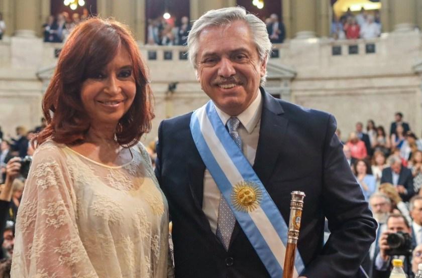 El presidente Alberto Fernandez, toma juramento a los ministros (EN VIVO)