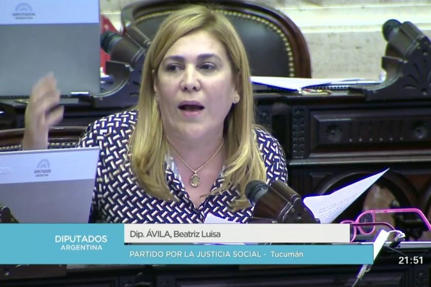 El presidente Mauricio Macri quiere que la diputada tucumana Beatriz Ávila devuelva su banca