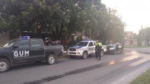 Vecinos se pelean por un poco de agua potable y un adolescente resulto gravemente herido