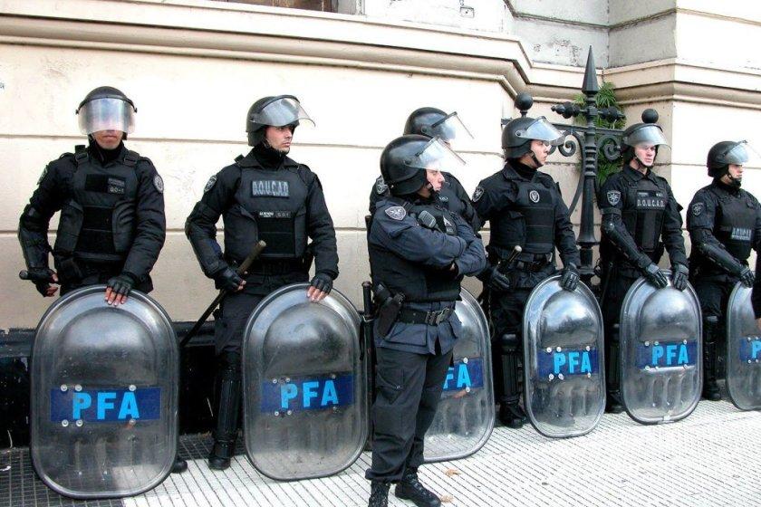 Por orden del presidente Fernandez, Argentina elevó los niveles de alerta y reforzó la seguridad en el país tras la muerte de Soleimani