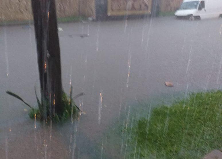 San Miguel de Tucuman inundada (VIDEOS)