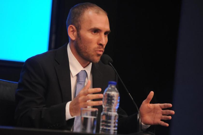 """Guzmán: """"El país no puede sostener la carga de deuda que hoy enfrenta, es fundamental que exista un alivio"""""""
