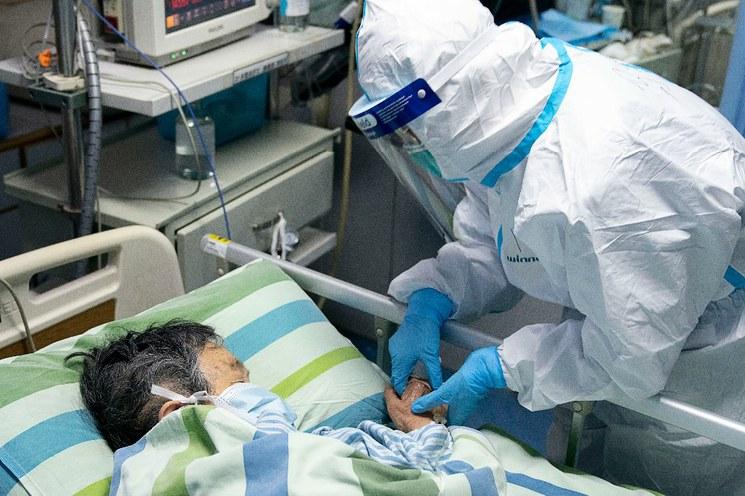 China: Ya son 425 los muertos por el coronavirus