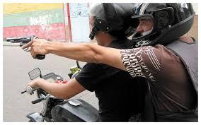 Tucuman: Viajaba con su novia y lo asesinaron para robarle la moto