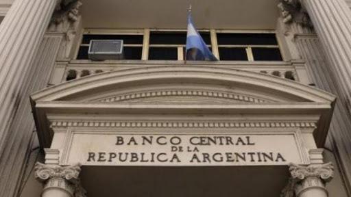 El Banco Central ordenó reforzar la seguridad en los bancos