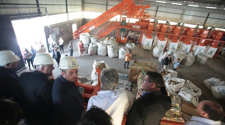 Cabandié elogió la planta de reciclaje de Tafi Viejo