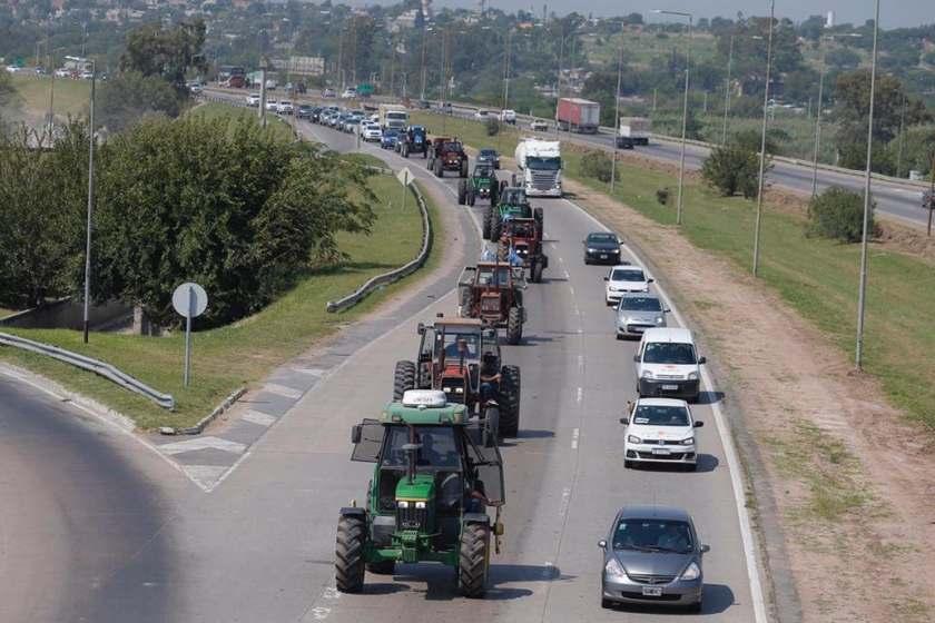 De la mano de la Sociedad Rural la mesa de Enlace hará un paro de cuatro días contra el gobierno de Fernandez