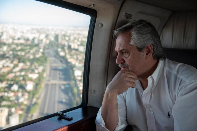 El presidente Fernández verificó personalmente el cumplimiento de la cuarentena