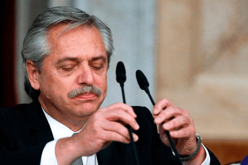Fernandez presiona a los gobernadores para aprobar la ley del aborto