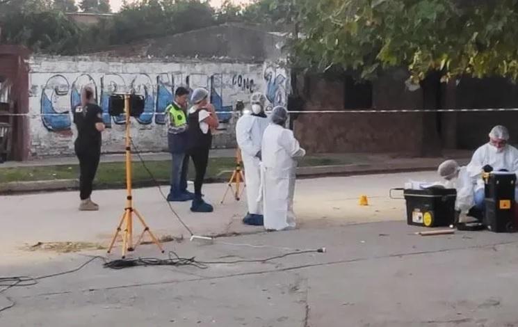 """Durante un beberaje asesinan a un joven en  """"La Bombilla"""""""