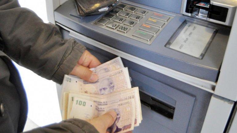 TUCUMAN: Mañana inicia el pago del 20% para estatales