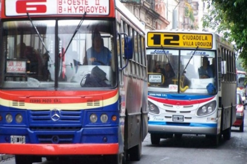 Se levantó el paro de colectivos en Tucumán