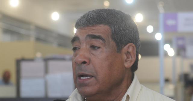 """César González, titular de UTA: """"Antes de claudicar, me voy a la mierda del gremio"""""""