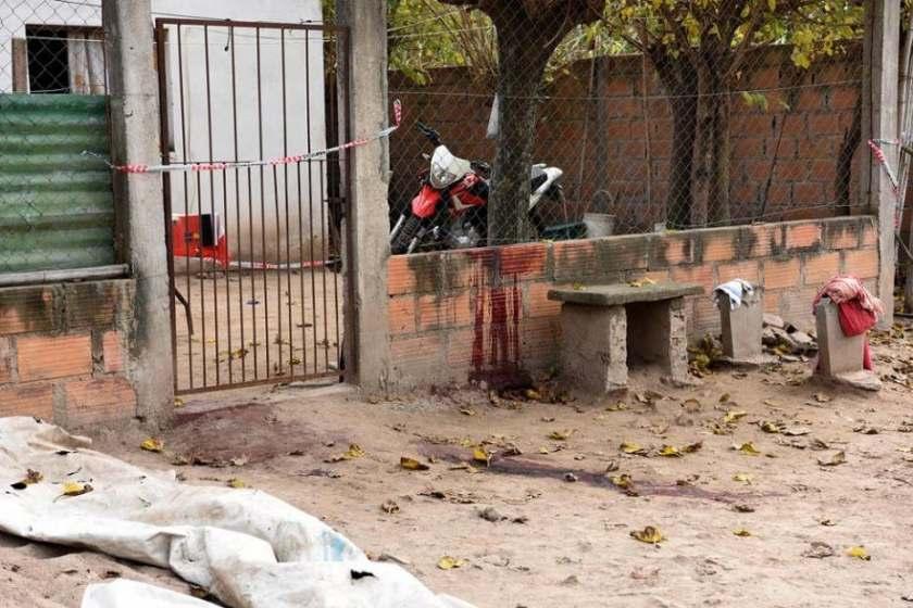 Se resistió al robo de su moto y lo mataron en la puerta de su casa, fue en Ranchillos