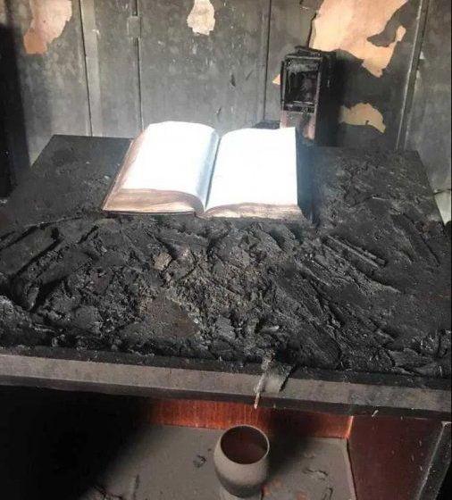 Un ladrón que entró a robar a una iglesia murió incinerado y en medio de las llamas los bomberos descubrieron un hecho milagroso
