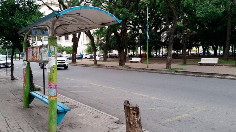 Continua el paro de colectivos por tiempo indeterminado: Este viernes los tucumanos seguirán sin el vital servicio