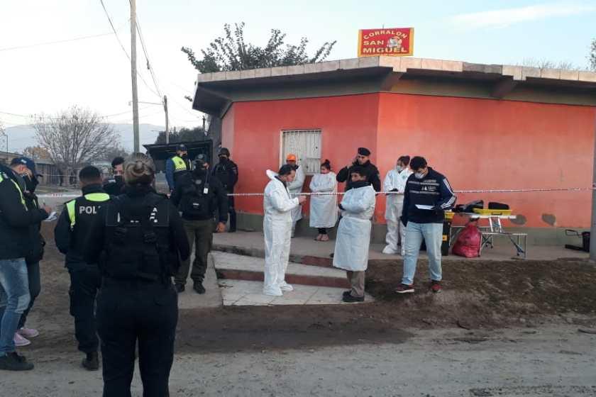 Matan a un joven de un escopetazo al sur de la capital