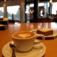 Polemico: Una cafetería prohíbe el ingreso de políticos a sus locales