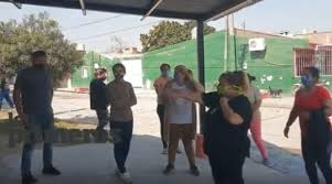 Barrio Capitán Viola: Vecinos cortaron la calle pidiendo hisopados tras un caso de coronavirus