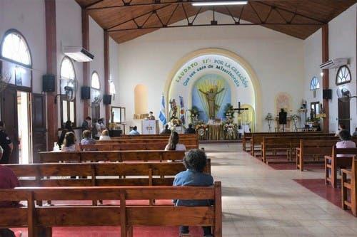 Tucumán: El arzobispo confirmó que desde este martes se retoman las misas con asistencia de fieles