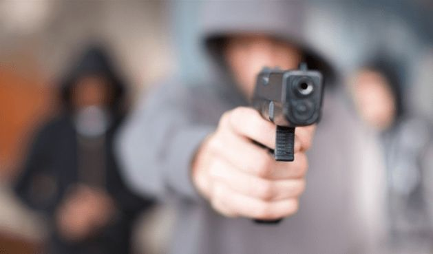 Barrio 11 de Marzo: Asaltaron y torturaron a un hombre mayor para robarle hasta dejarlo en grave estado