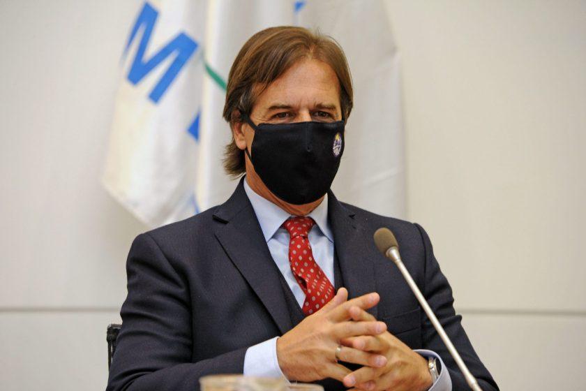 URUGUAY: Por el avance de la epidemia coronavirus, Lacalle Pou cierra gimnasios y manda a home office a la administración pública