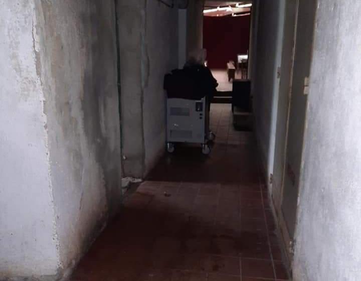 """Denuncian que en las escuelas tucumanas, no hay agua para beber, proliferan ratas, murciélagos y hasta pulgas"""""""