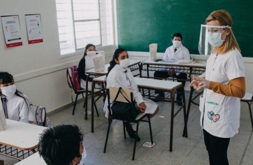TUCUMAN: Hay 19 burbujas escolares aisladas por casos positivos de CORONAVIRUS