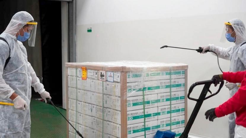TUCUMAN: Antes del lunes llegarán 34.200 vacunas Sinopharm